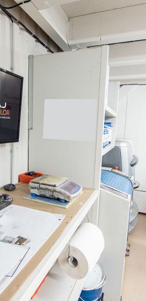 lakaj-pro-laboratoire-peinture